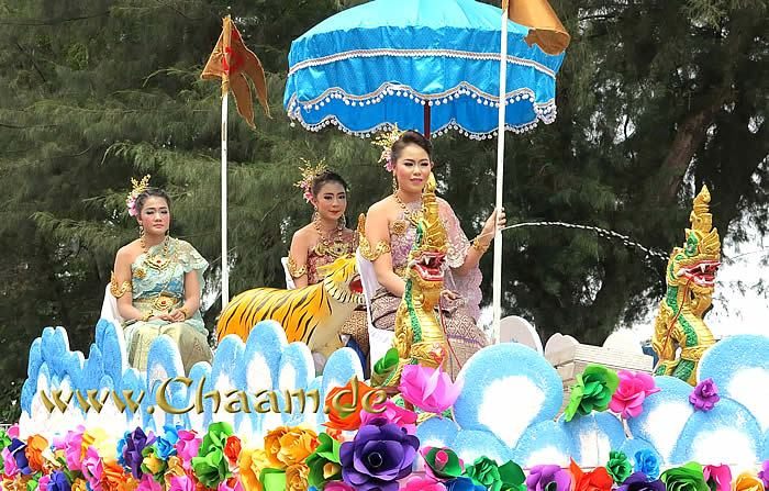 Songkran in Cha-Am